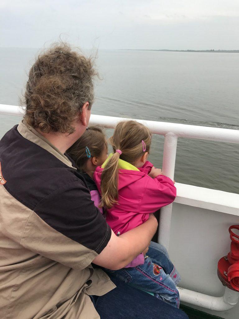 Urlaub auf Juist mit Kindern - auf der Fähre nach Juist