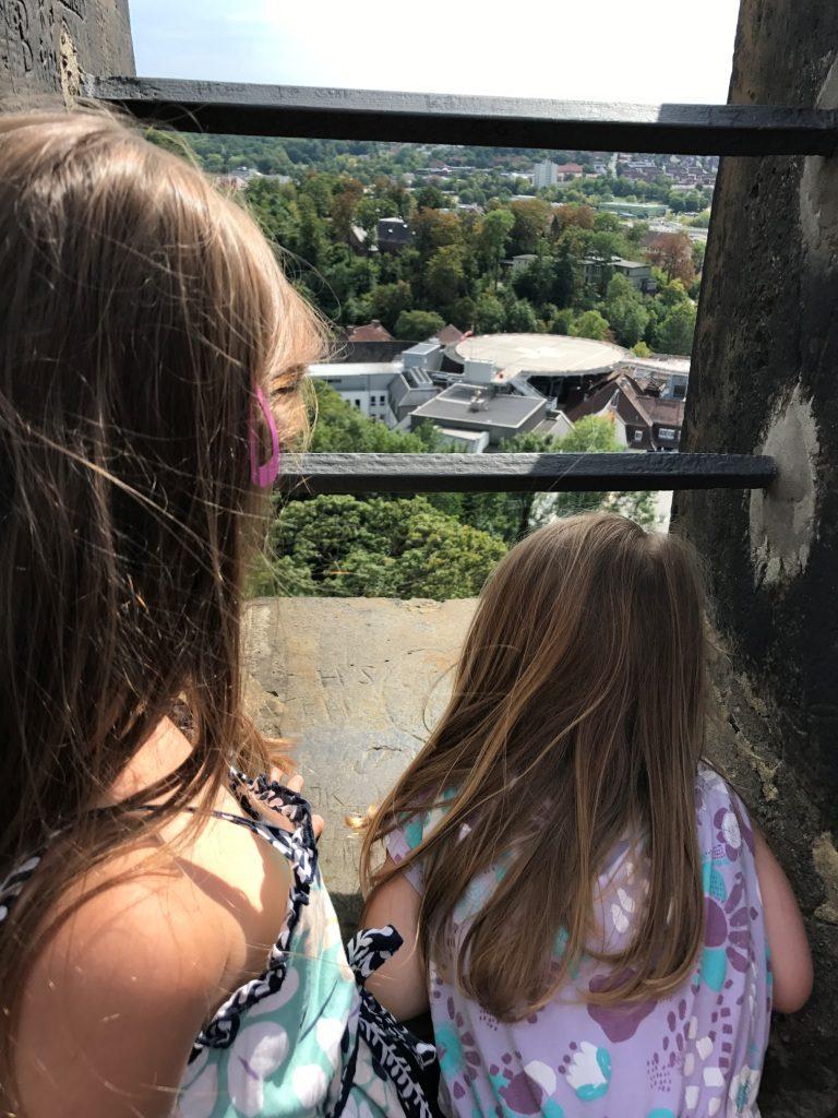 Ausblick vom Turm der Sparrenburg über Bielefeld