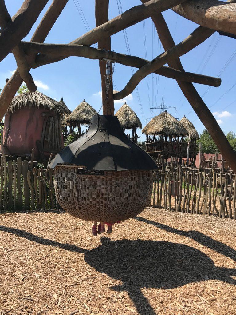 Zoo Osnabrück mit Kindern - Schaukel, Spielplatz