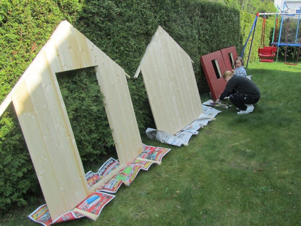 DIY-Projekt: Garten-Spielhaus für Kinder selber bauen - Die ersten Malerarbeiten