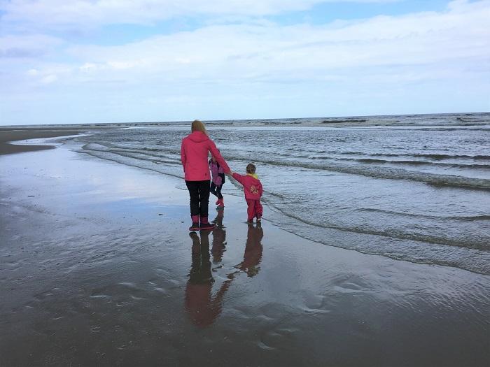 Urlaub auf Juist mit Kindern - Strandspaziergang