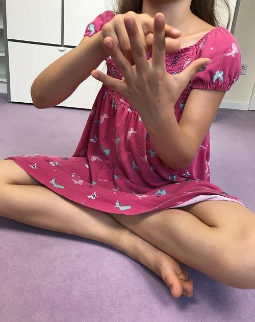 Meditation mit Kindern - BuddhaBoo App - Fünf-Finger-Meditation