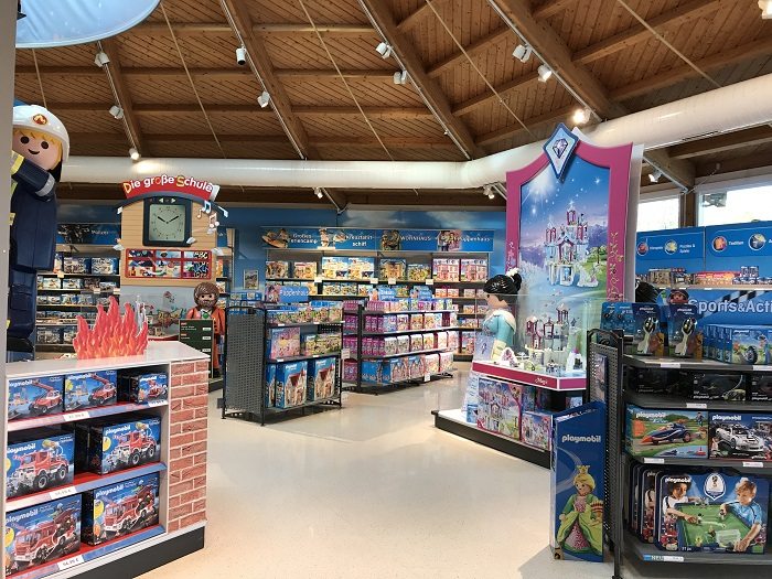 Ausflugstipp mit Kindern: Playmobil FunPark, Shop