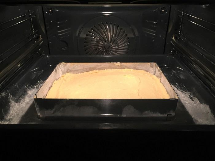 Rezept Raketen-Kuchen zum Kindergeburtstag Teig im Ofen
