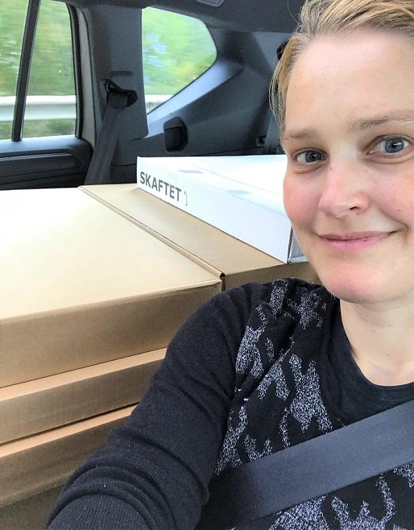 30am30 - 30 schöne Momente im September 2020 - im Auto mit Kleiderschrank