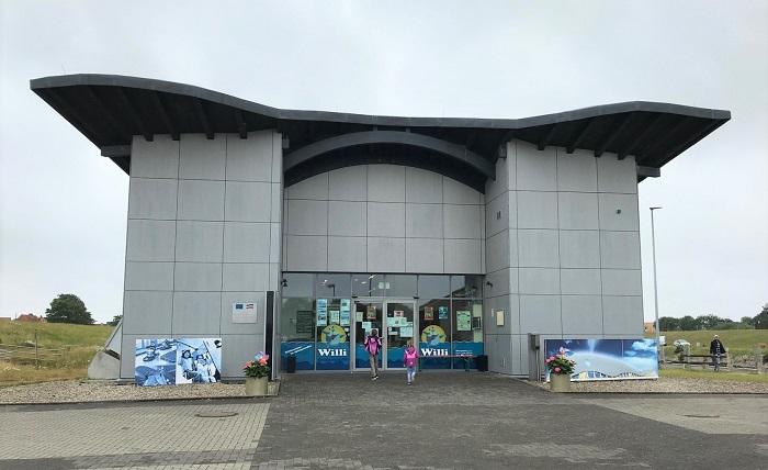 Nordsee mit Kindern - Urlaub in Friedrichskoog: Indoor-Spielplatz Willi der Indoor-Spiele-Wal