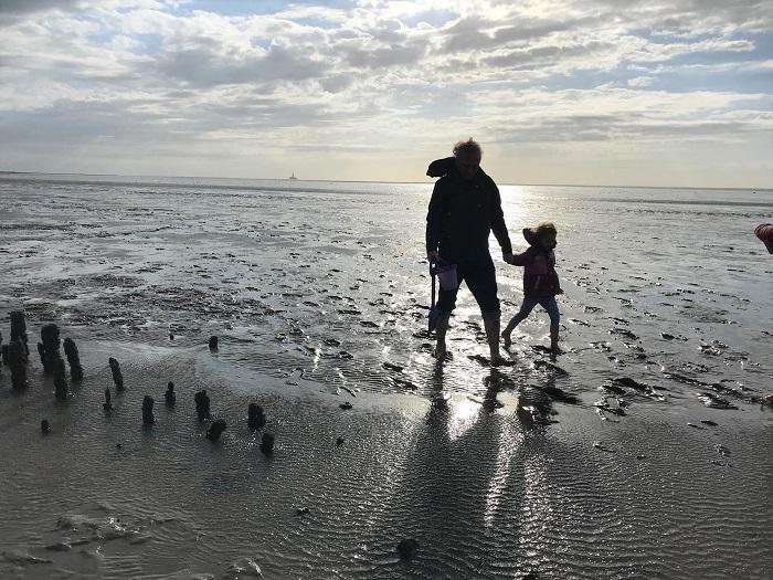 Nordsee mit Kindern - Urlaub in Friedrichskoog: Kinder-Wattwanderung