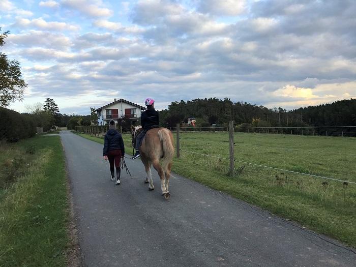 30am30 - 30 schöne Momente im Oktober 2020 - Reiten auf dem Ferienhof