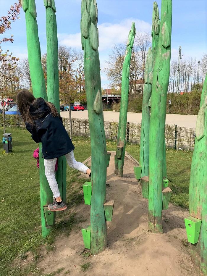 30am30 - 30 schöne Momente im April 2021 - Möhren-Spielplatz