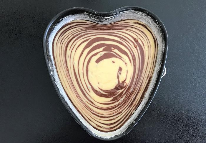 Rezepttipp: Zebrakuchen vegan - Zebrakuchen in Herzform
